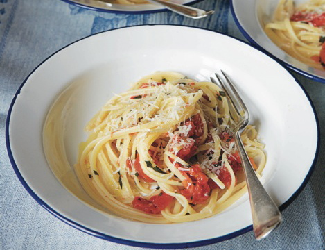 Coluccio Family Linguine and Tomato Lunch, from Italian Home Cooking: 125 Recipes to Comfort Your Soul, by Julia della Croce (Kyle Books) Photo: Hirsheimer & Hamilton