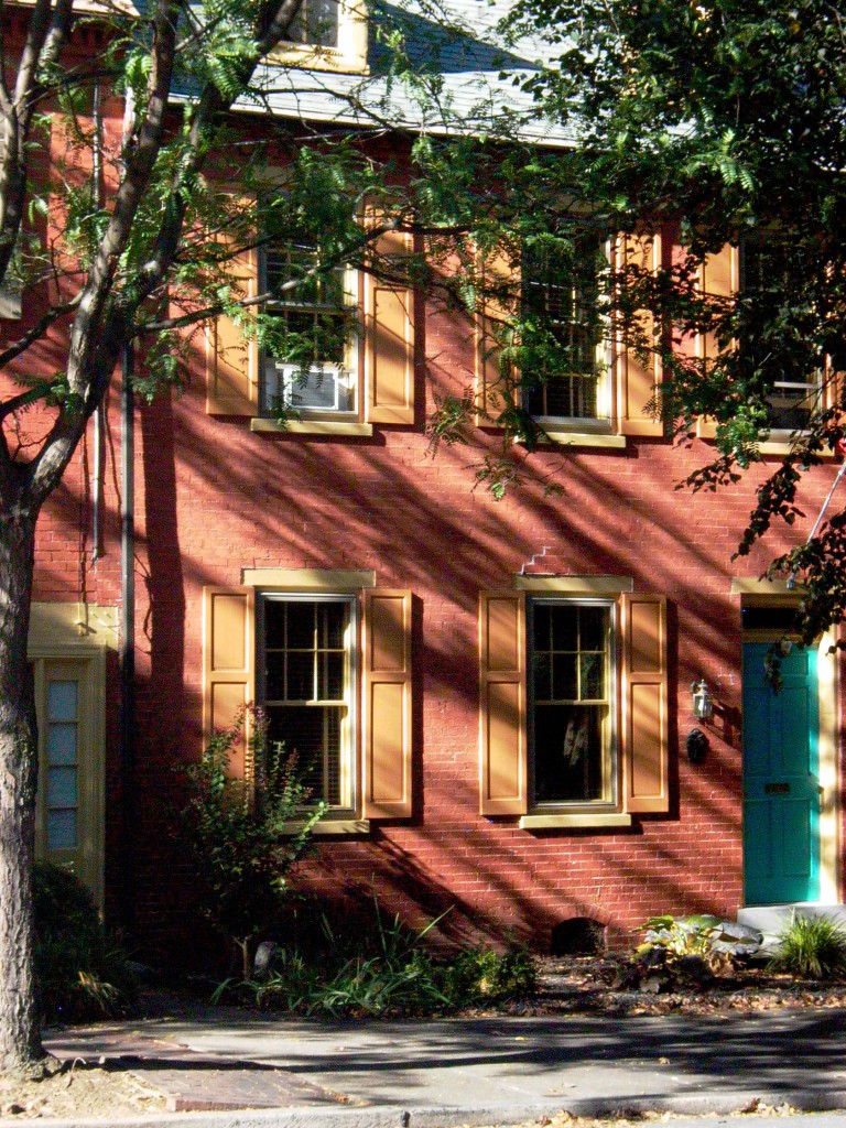 Typical Lancaster brick row house built in the early 19th century on Walnut Street. Photo: Julia della Croce