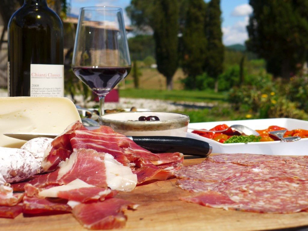 Friends in Cetona served the local Tuscan prosciutto crudo and finocchiona with the region's Chianti Classico at a picnic at their villa. Grazie a Alessandra Sacha Destefanis. Credit: Nathan Hoyt