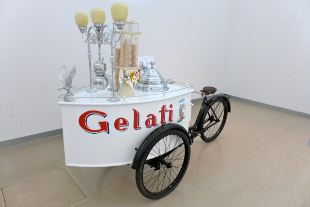 Gelato cart c. early 20th century. Gelato Museum, Bologna.| Photo: Julia della Croce