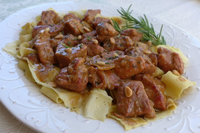 Spezzatino di vitello, Veal Stew with Lemon Zest and Pine Nuts.| Credit: ©Nathan Hoyt