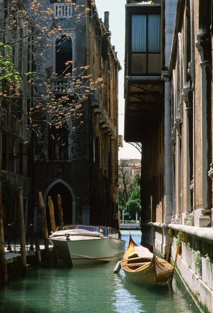 990418_014_Santo_Stefano_Venice
