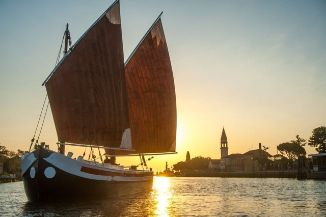 The Eolo under full sail approach the fabled island of Torcello. | Photo: Paolo Spigariol